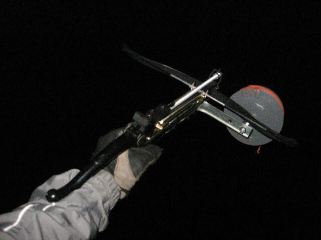 Crossbow for tree climbing. With this one can shoot a prime rope over a branch.