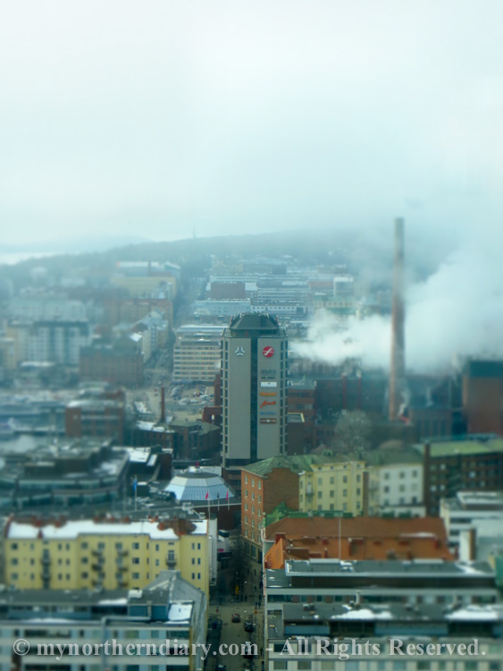 254813-120316-miniature-tampere-from-Torni-hotel-IMG_4774.jpg