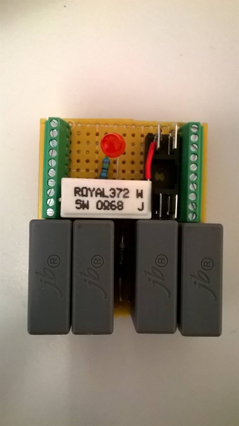Gandalf 12 You Shall Not Pass Transient Voltage Suppression Rc Circuit 1 2 Above View