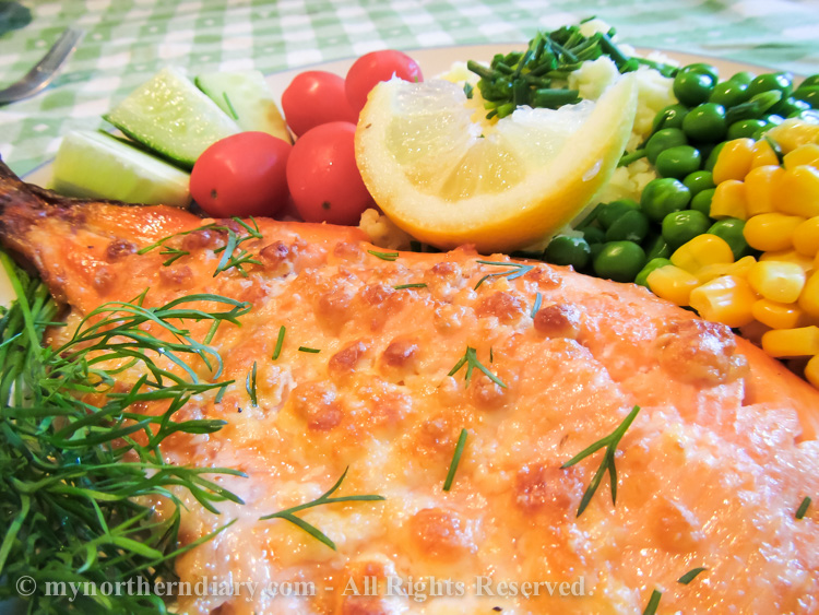 Rainbow-trout-dinner-with-maize-peas-tomatoes-cucumber-citroen-and-dill-IMG_0769.jpg