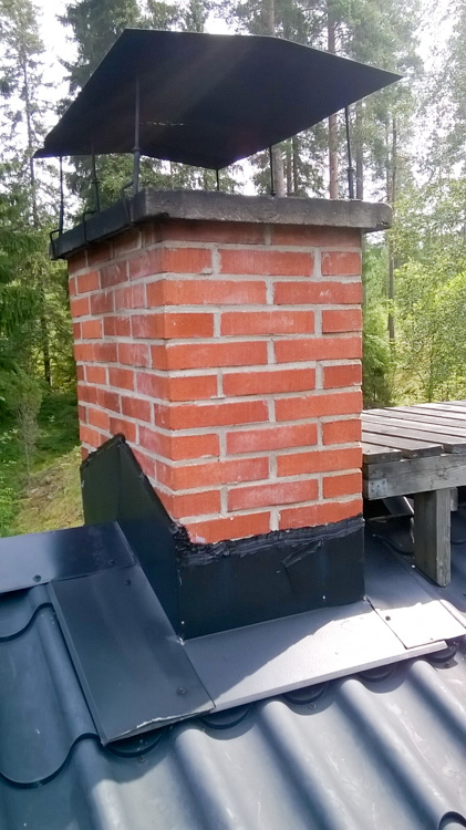 Sealed-chimney-and-rooftop-interface-WP_20160724_015.jpg