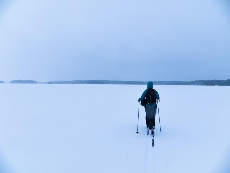 Skiing-over-endless-snow-on-frozen-lake-CRW_1172.jpg