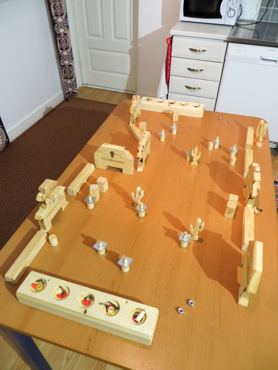 diy-wooden-flick-em-up-board-game-IMG_4708.jpg